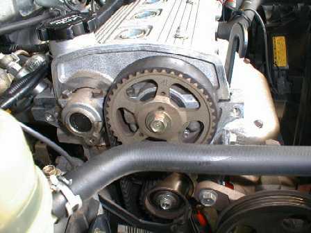 ремень ГРМ на двигателе Toyota