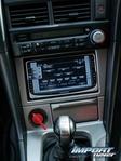 Что касается акустической системы, были установлены динамики, усилители и сабвуфер MB Quart и собственно плейер Kenwood. Стоковый плейер был способен настроиться лишь на две (самые ужасные) радиостанции.