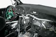 Усилители руля на автомобилях WRC — гидравлические, а от упора до упора баранка делает около двух оборотов