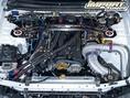 Двигатель RB26 был построен с использованием кованого коленвала от XS Engineering, шатунов от Carillo, кованых поршней от HKS и шатунных болтов от ARP. Теперь эта рядная шестерка с увеличенной длиной хода поршня и большим диаметром цилиндров, имеет рабочий объем 2,8 литров, против стоковых 2,6.